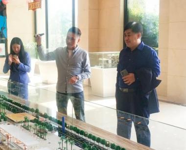 中国市场学会副会长朱勇毅一行到访海峡国际五金机电城考察调研